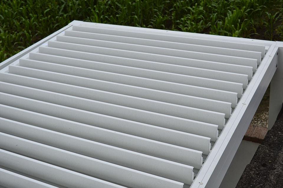 Pergola-Frangisole-Bioclimatica-Alluminio-Padova-1-Stameat-srl