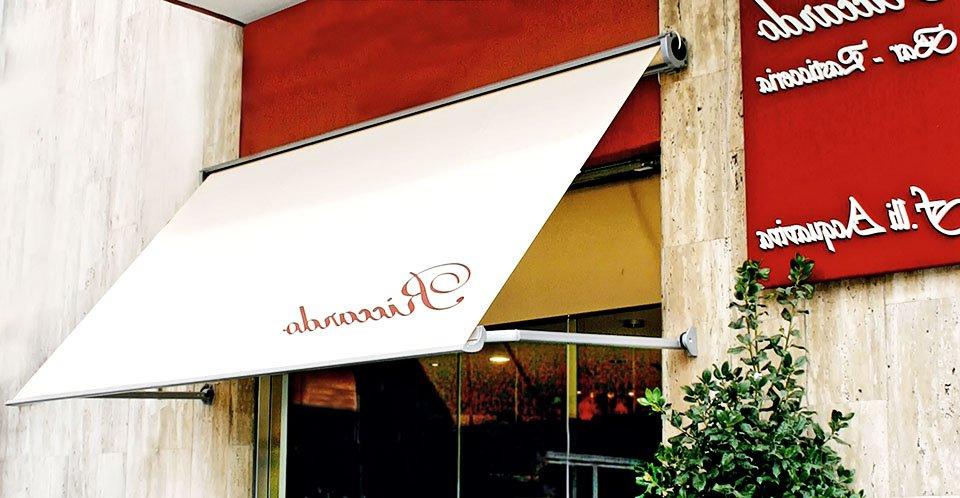 Produzione, vendita ed installazione di tende a caduta verticale con bracci laterali. Provincia di Padova e Vicenza. Stameat srl.
